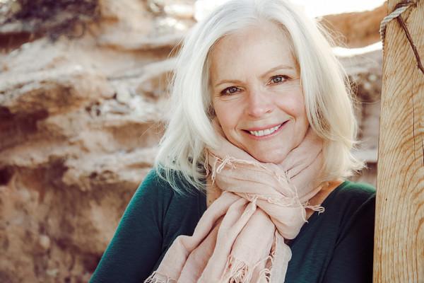 Lori Robinson, author, image